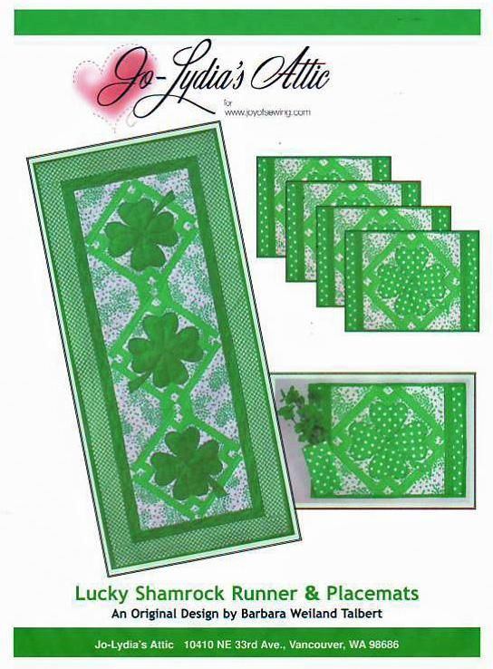 Lucky Shamrocks Table Runner & Placemats Pattern