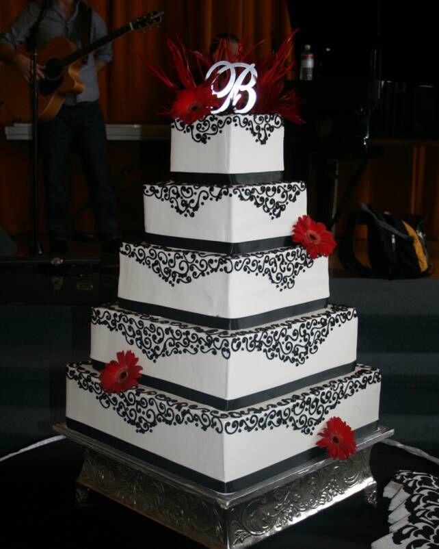 Red And Black Wedding Cakes Ideas: Quinceanera Cake Las Vegas Cakes > 1222