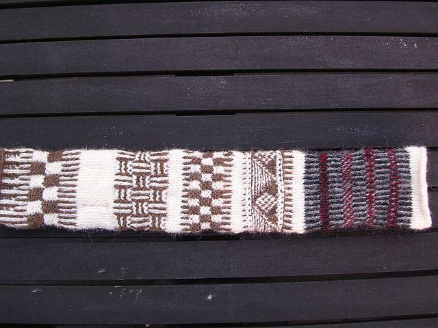 Twined_knitting_Sampler_1_medium2.JPG 640 × 480 pixlar