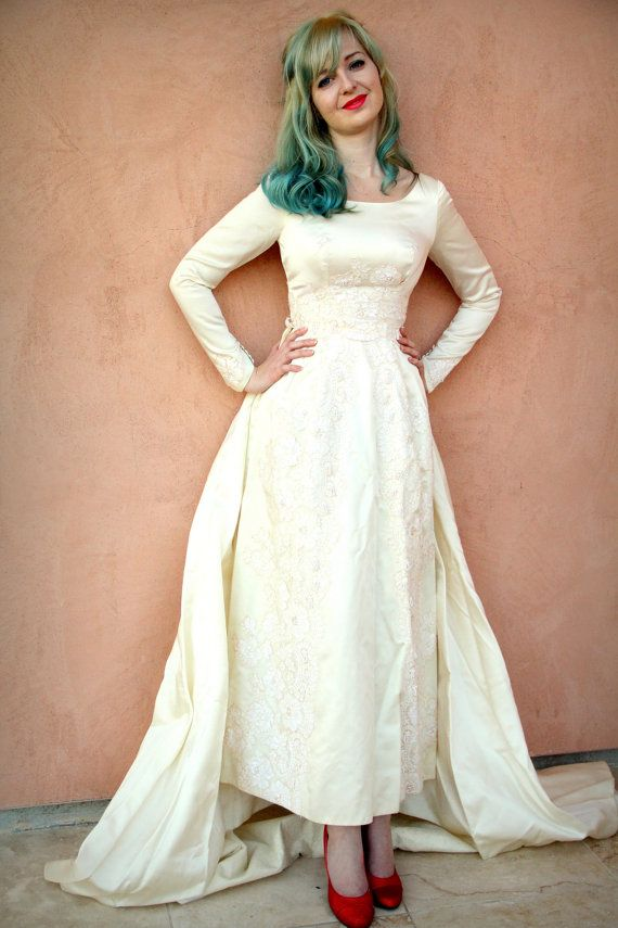 Vintage 50s Wedding Dress in Dutchess Silk Satin and Alencon Lace ...