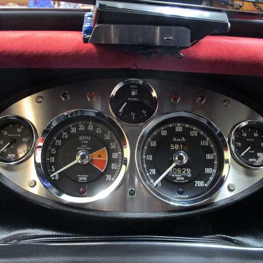 センターメーター ローバーミニ Rovermini Classicmini Minicooper 自作 Mgb