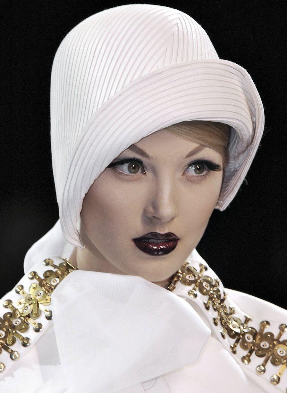 Alexandra Tretter For Christian Dior Haute Couture Fall 2008