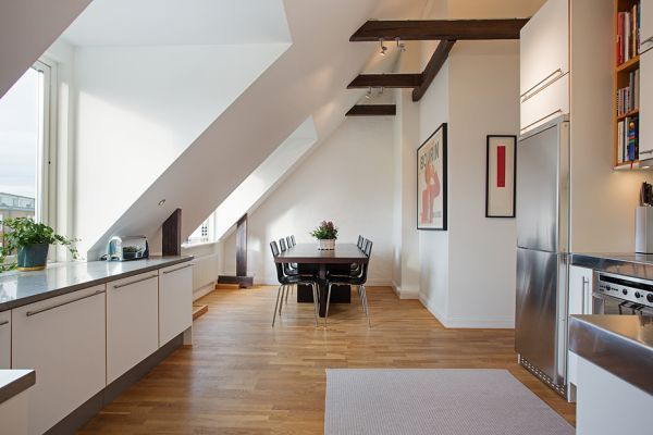 Tastefully Decorated Penthouse With Terrace Apartment Home Little Houses