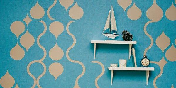 Peel Off Wallpaper Gives Custom Look To The DIY Decorator