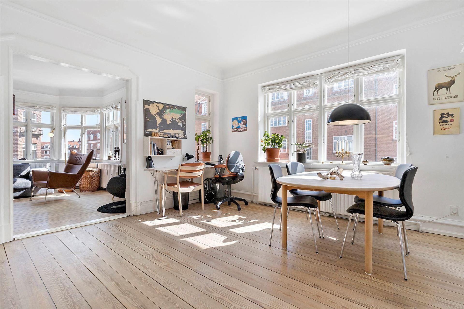 Lys og charmerende delevenlig 3-værelses lejlighed på Frederiksbjerg