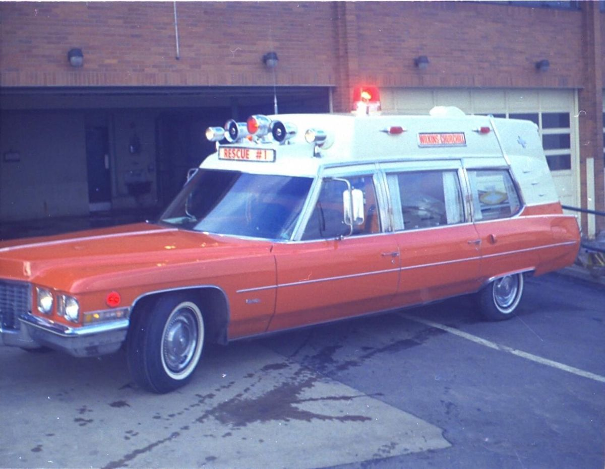 Pin by k. m. on Ambulances in 2020 Emergency vehicles
