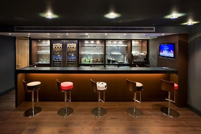 Stand Alone Bar Designs : A standard bar interior design ideas with stand alone bar and