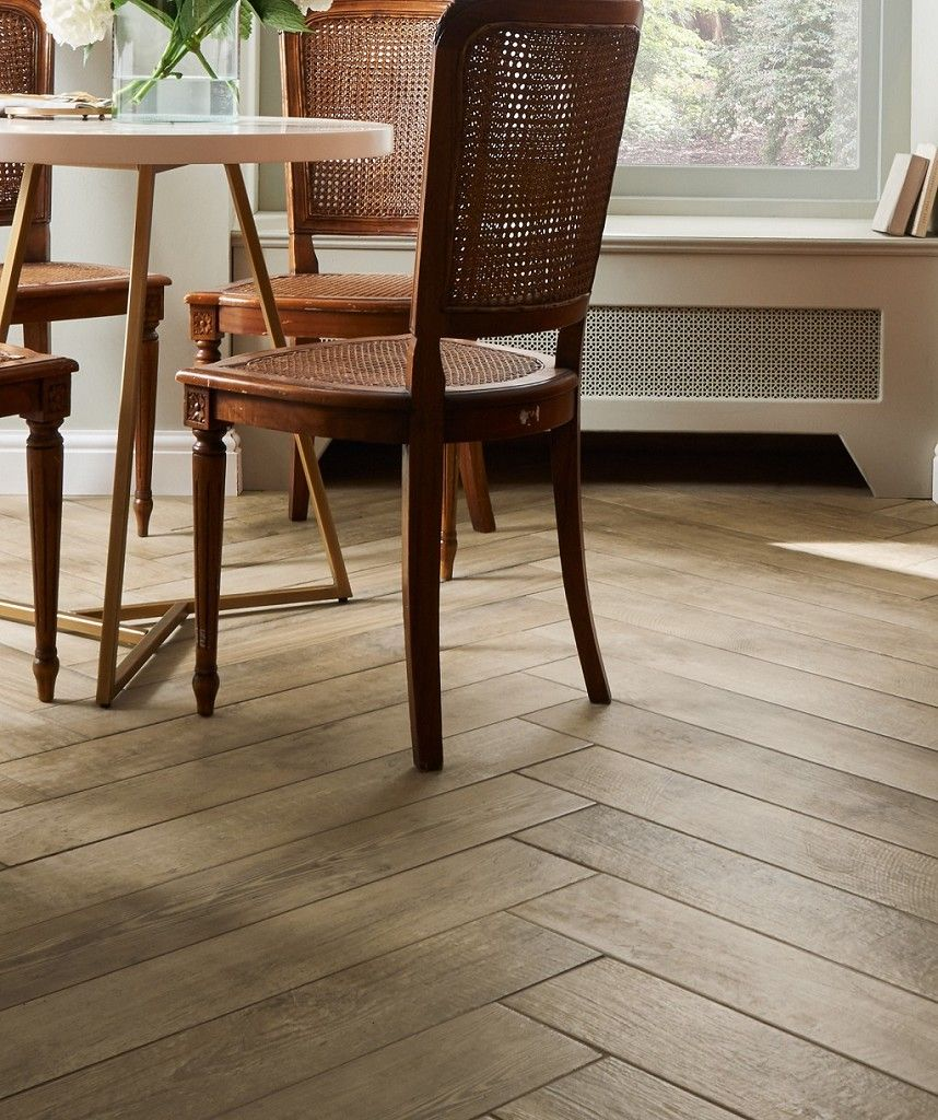 Mora Oak Tile Topps Tiles Wood Effect Tiles Tiles