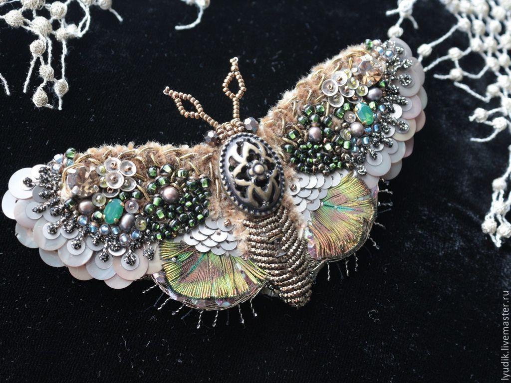 Пайетки вышивка бабочка 105