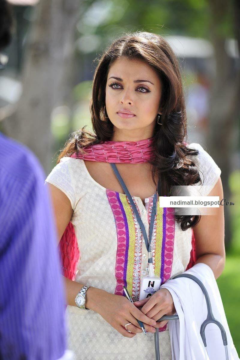 Enthiran Robot Actress Aishwarya Rai Indian Bollywood Actress Indian Actresses