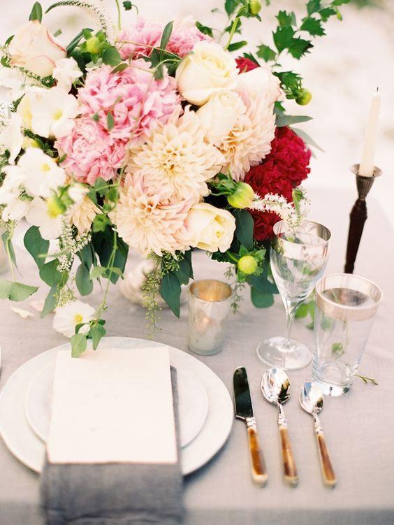Wedding reception centerpiece idea; Featured Photographer: Lauren Kinsey Photography