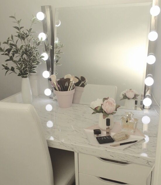 Makeup Nook Desk Room Inspiration Room Decor Cute