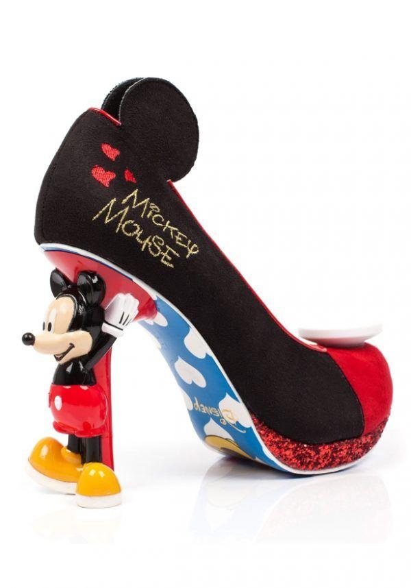 761ddc7d4d8b2 Sapatos inspirados em personagens da Disney são pura magia