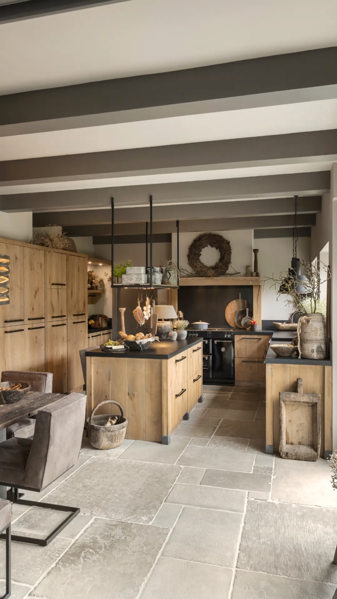Photo of Cucina di famiglia in rovere duro