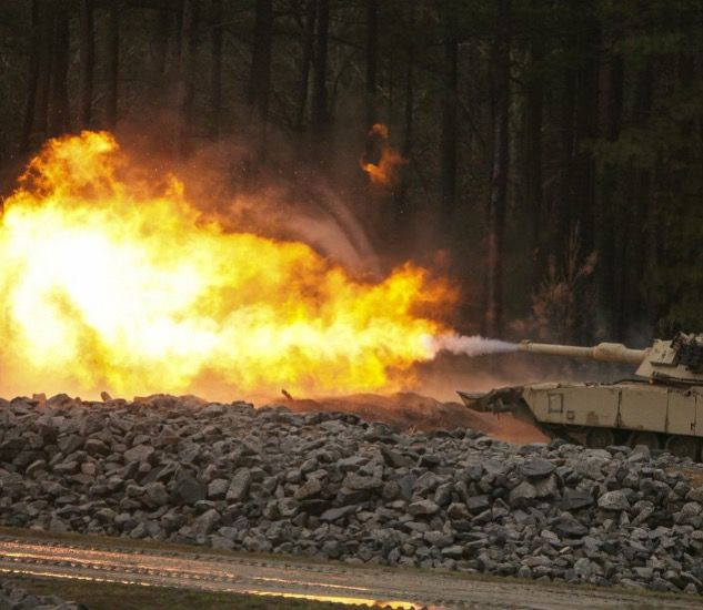 Pin By Greg Phillips On Modern Combat Tanks Hot Outdoor Decor Fire