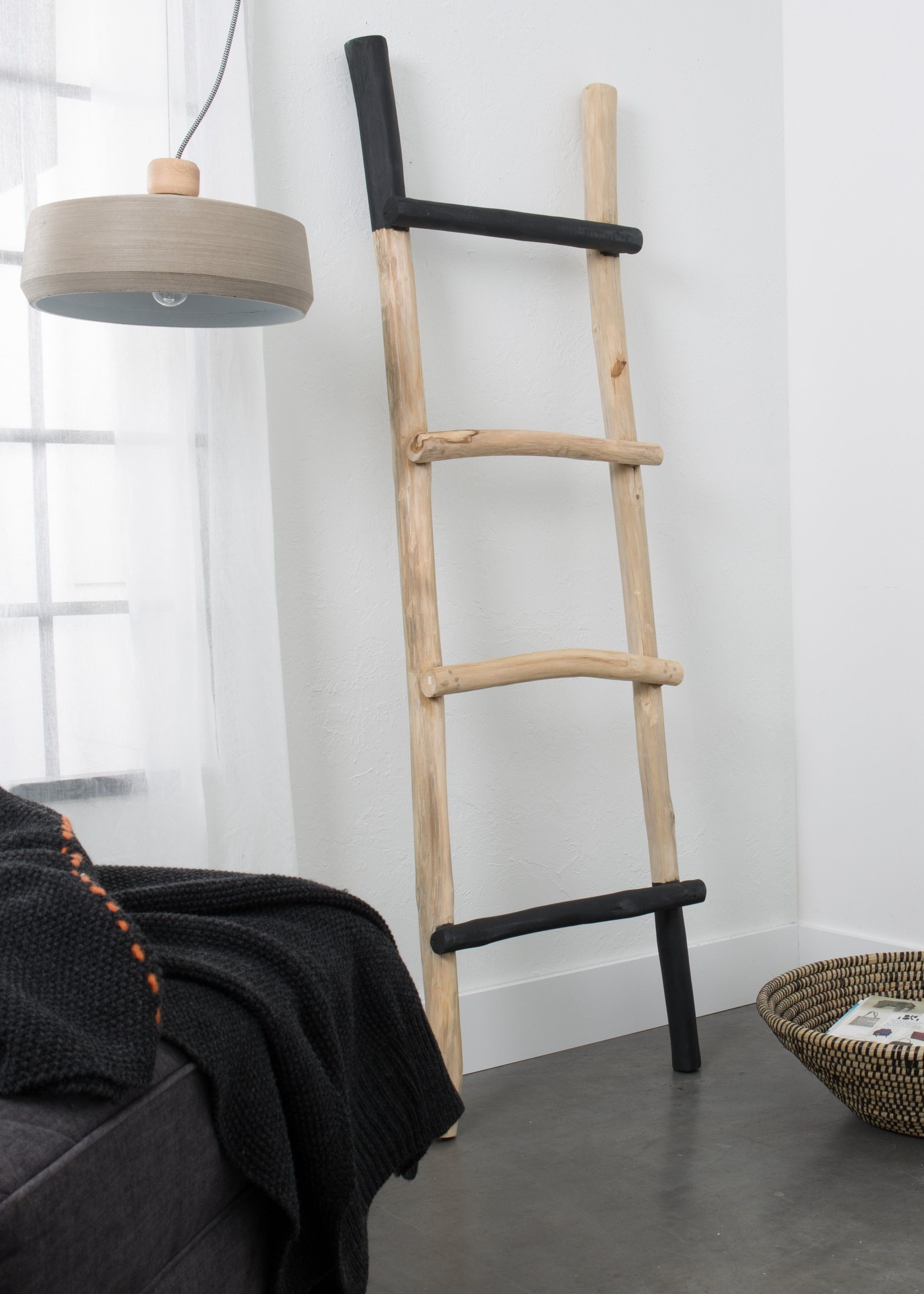 Decoratieve Ladder In Je Landelijke Woonkamer