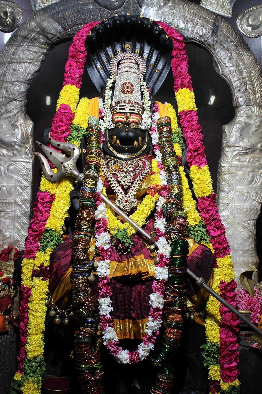 Sri Prathyangira Devi Temple in Sholinganallur, Chennai ...
