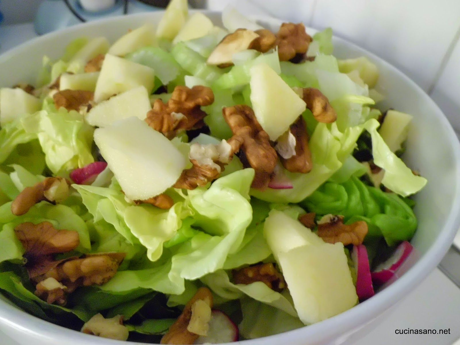 Ricette e salute insalata invernale mele e noci le for Insalate ricette