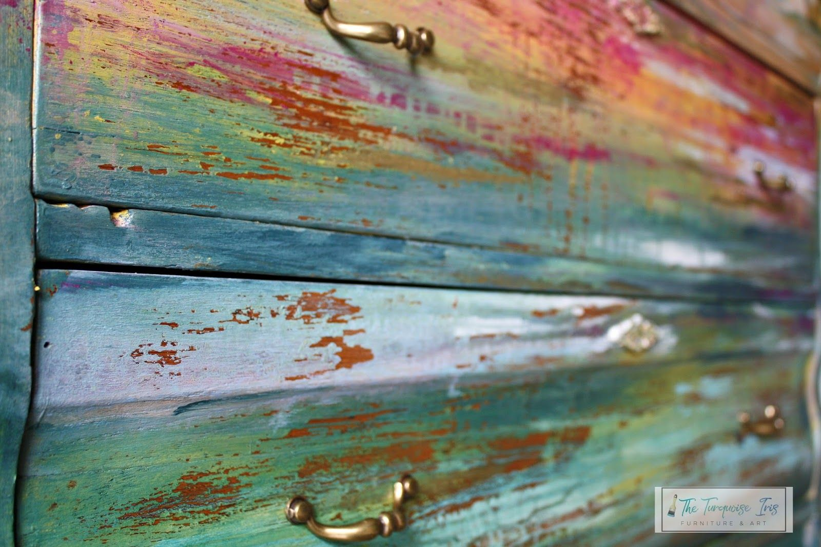 It's makeover time!!! All paint products are DIY paint and can be ORDERED HERE . Learn more about these furniture pieces at ww...