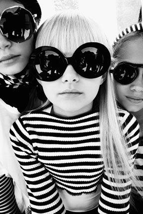 Óculos escuros redondos, um charme! #acessorios