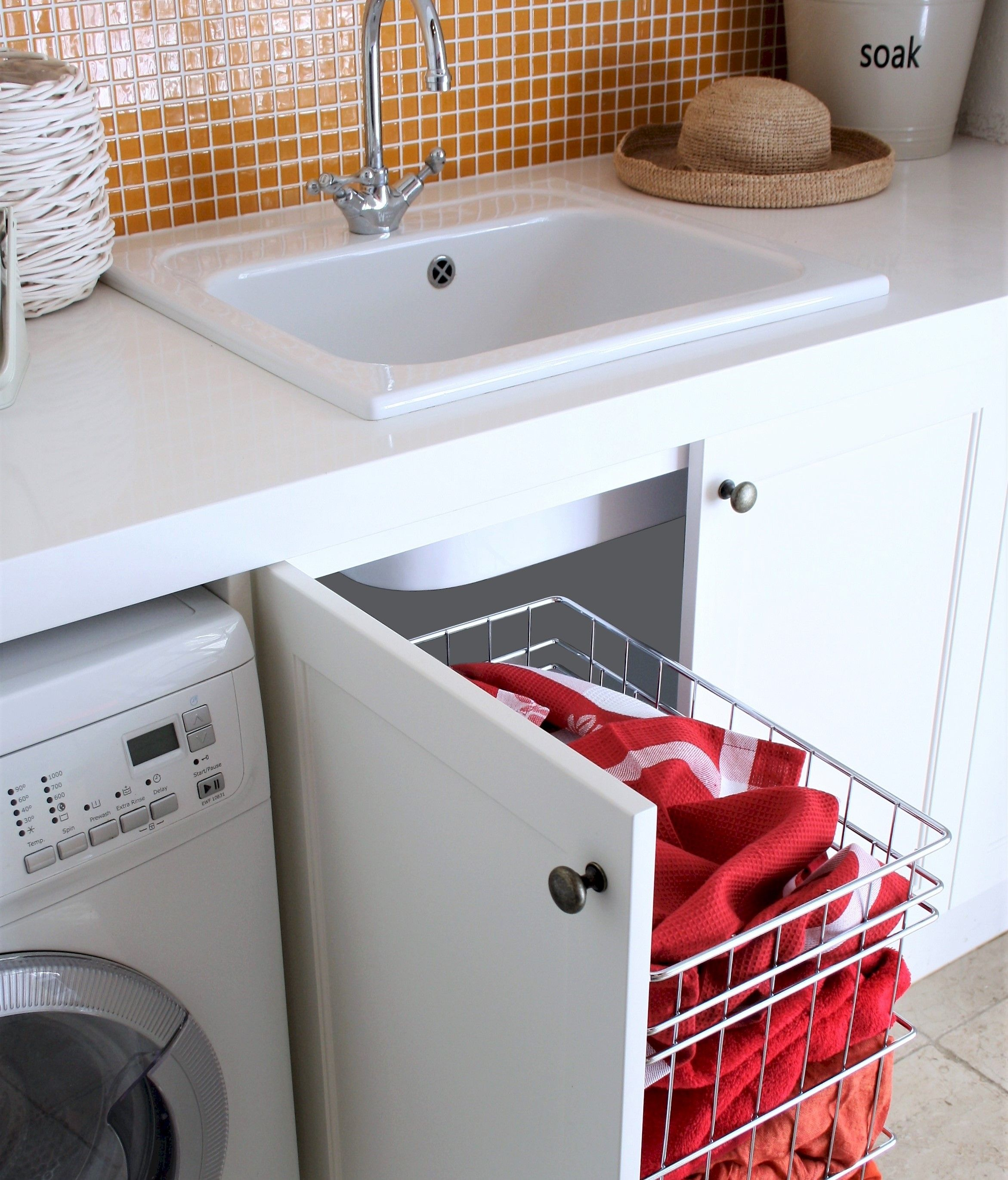 Stainless Steel Wire Laundry Basket Side Mount Laundry Storage