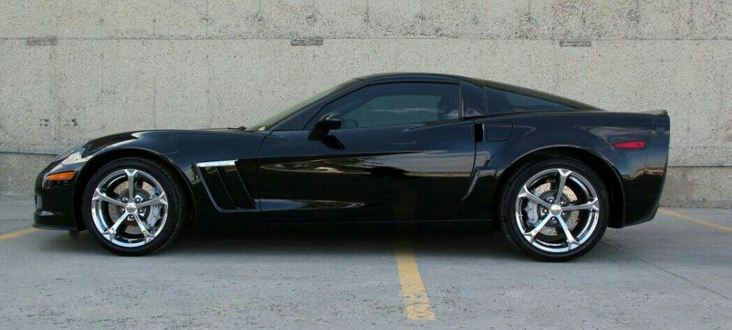 A 2011 Chevy Corvette ZR1 (With images) Corvette zr1