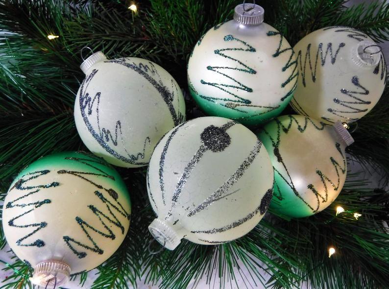 Set  of  6  Christmas ornaments Holiday decor Vintage Christmas Collectibles Gift