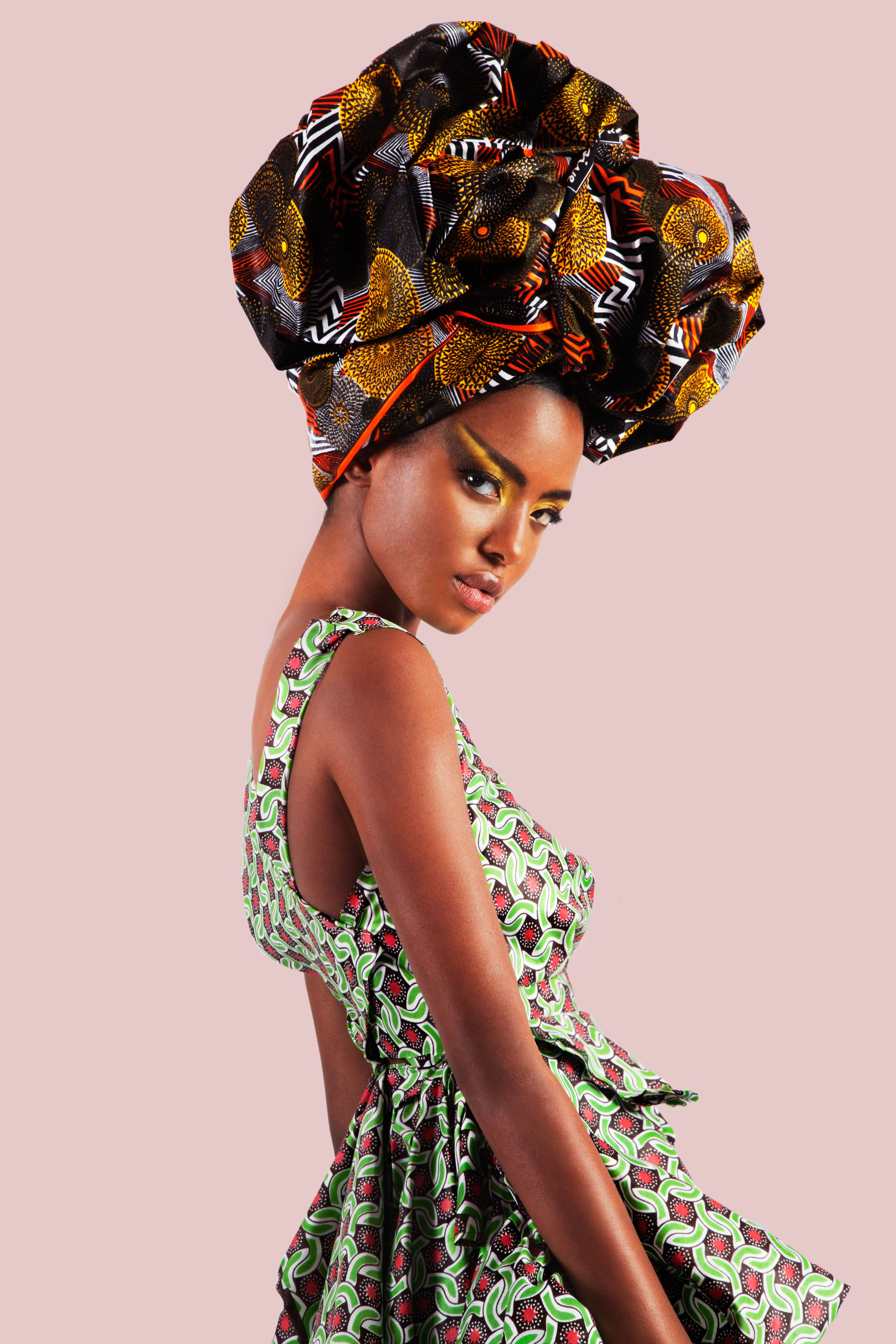 About Printex Presents #ADukuCrowns #Ghana Model: Miatta Stylist: Adama Kai Photography: Mambu Bayoh Campaign Design & Edit: Narh Concepts Make Up: Sharon Dulo Creative Lead: Vickie Remoe African Print Textiles - Printex Ghana #AfricanFashion