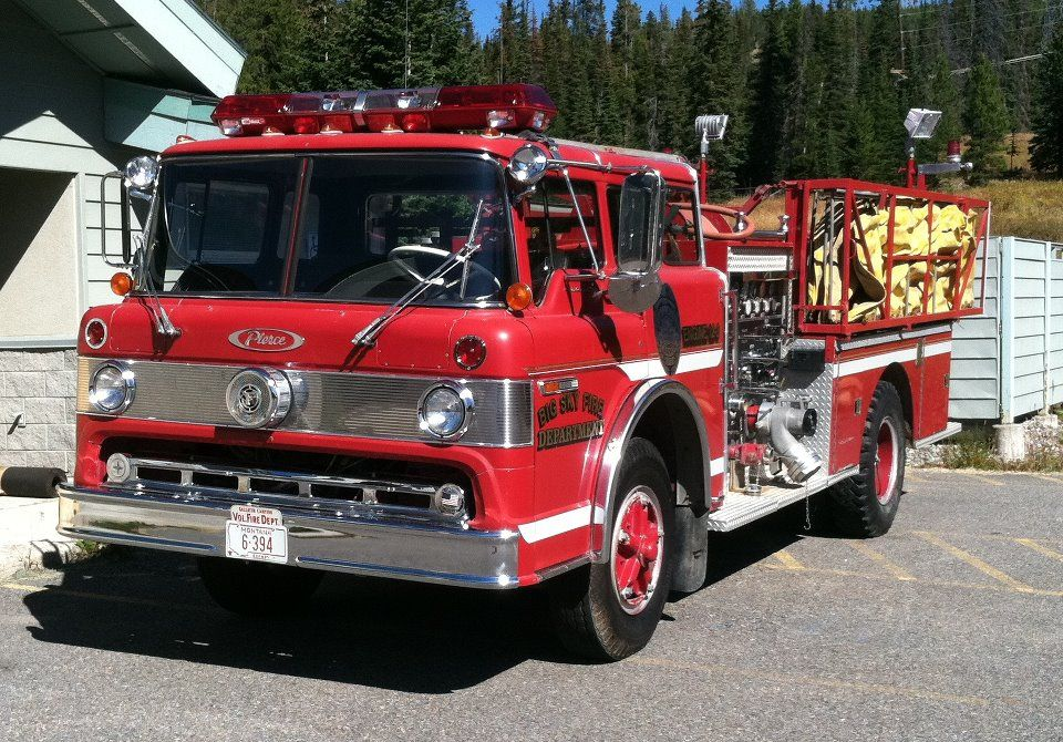 Big Sky Fire Department - Big Sky, Montana - 1973 Pierce Engine #classicride #firetrucks #setcom http://setcomcorp.com/firewireless.html