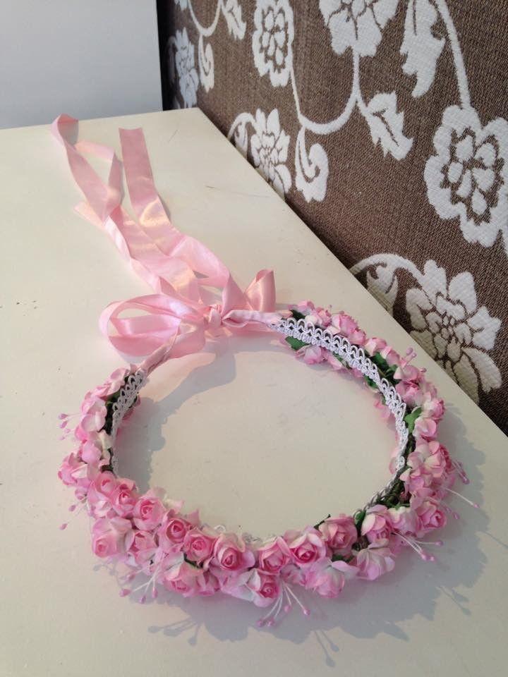 Coroa de flores para daminhas e floristas  br favor avisar o tamanho da  criança.  br   br Este item é feito à mão. E único. Podem ter variações de  cor ou ... a01d4c5003