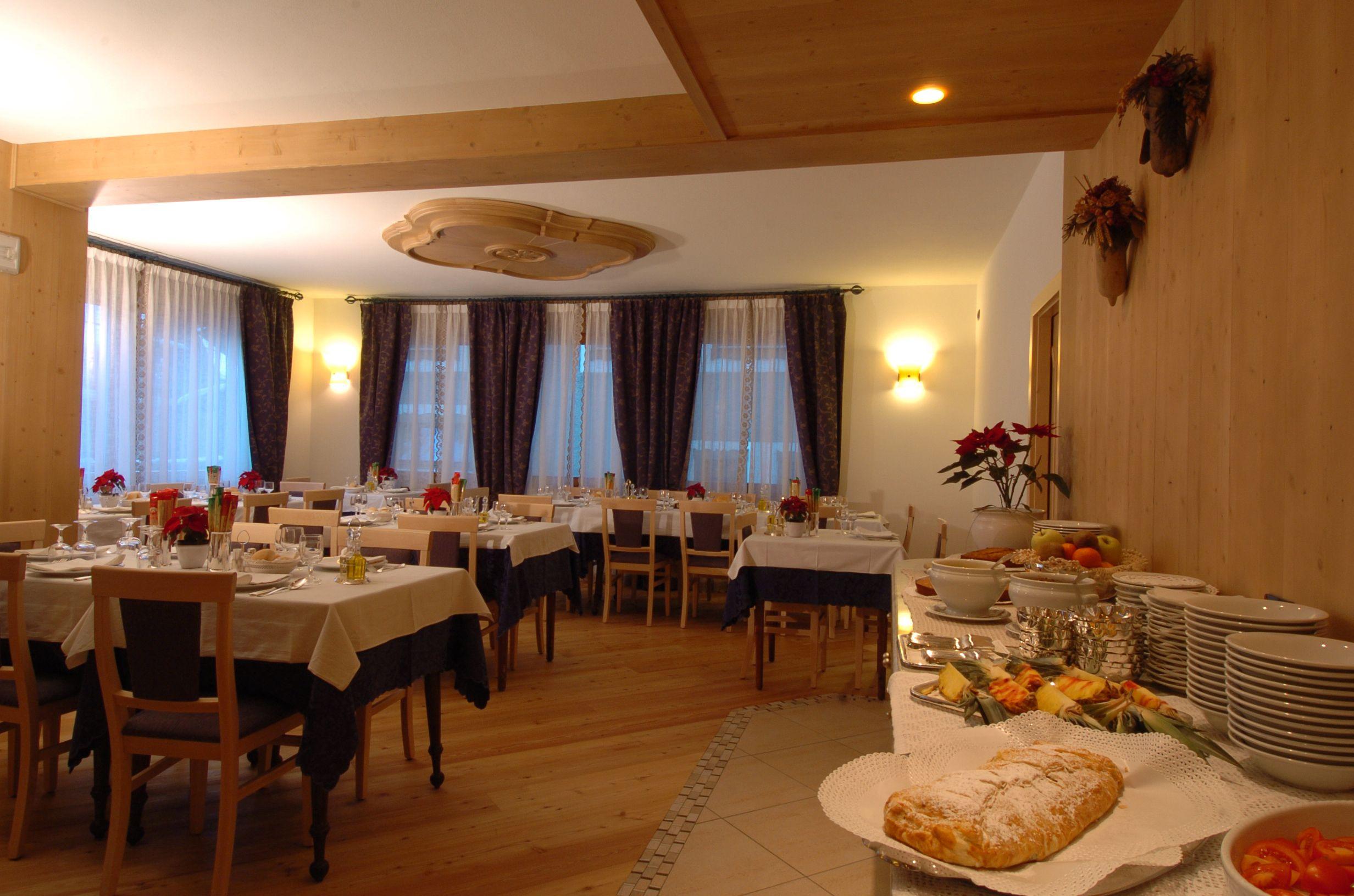 La sala da pranzo (con immagini) | Sala da pranzo ...