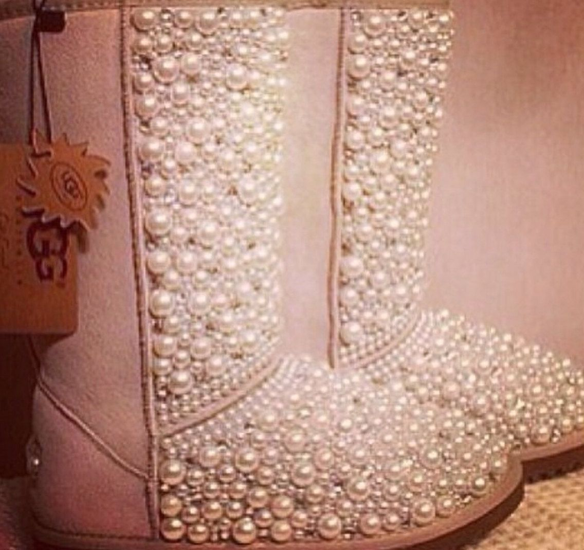 Snow Queen Uggs by GlitterMafiaa on Etsy, $280.00