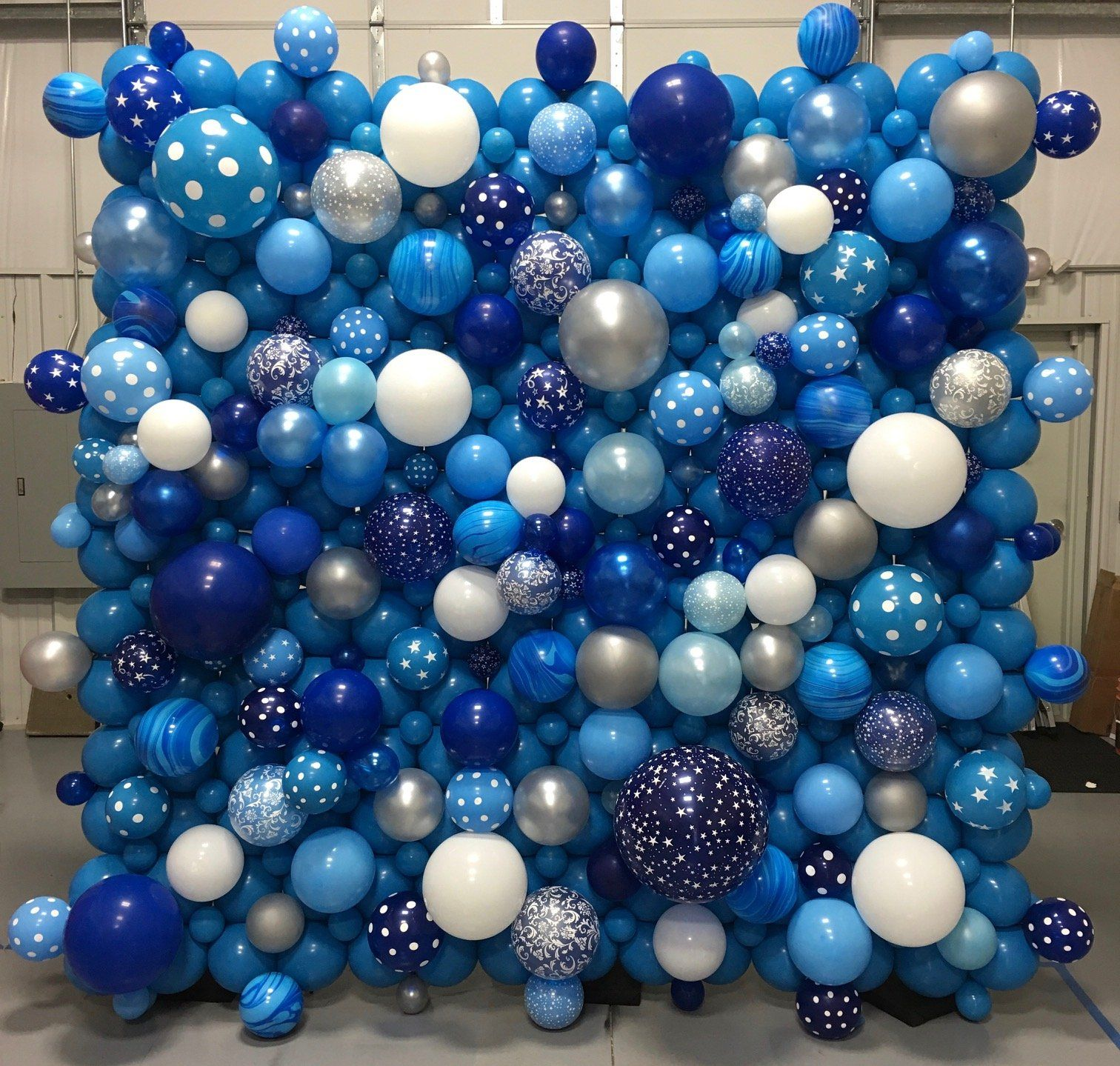 Custom Organic Wall in 2020 | Balloon decorations party ...
