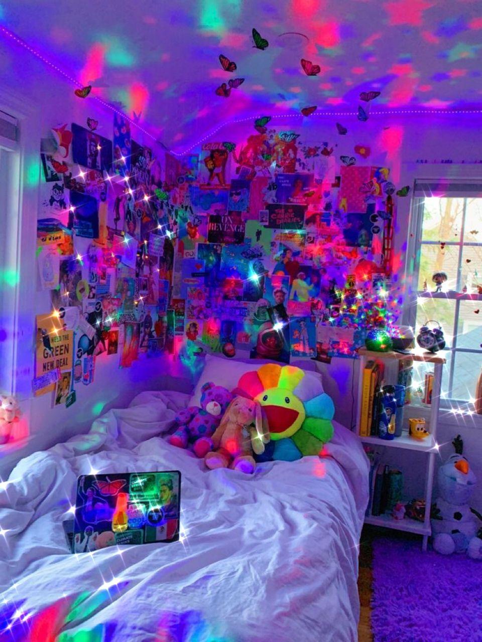 a e s t h e t i c r o o m i d e a s in 2020 | Neon room ... on Room Decor Indie id=39723