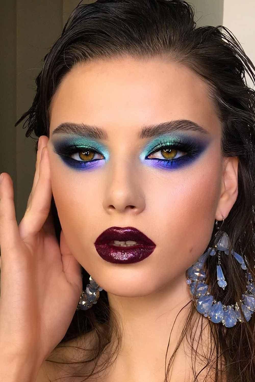 Vintage Bold Makeup Idea