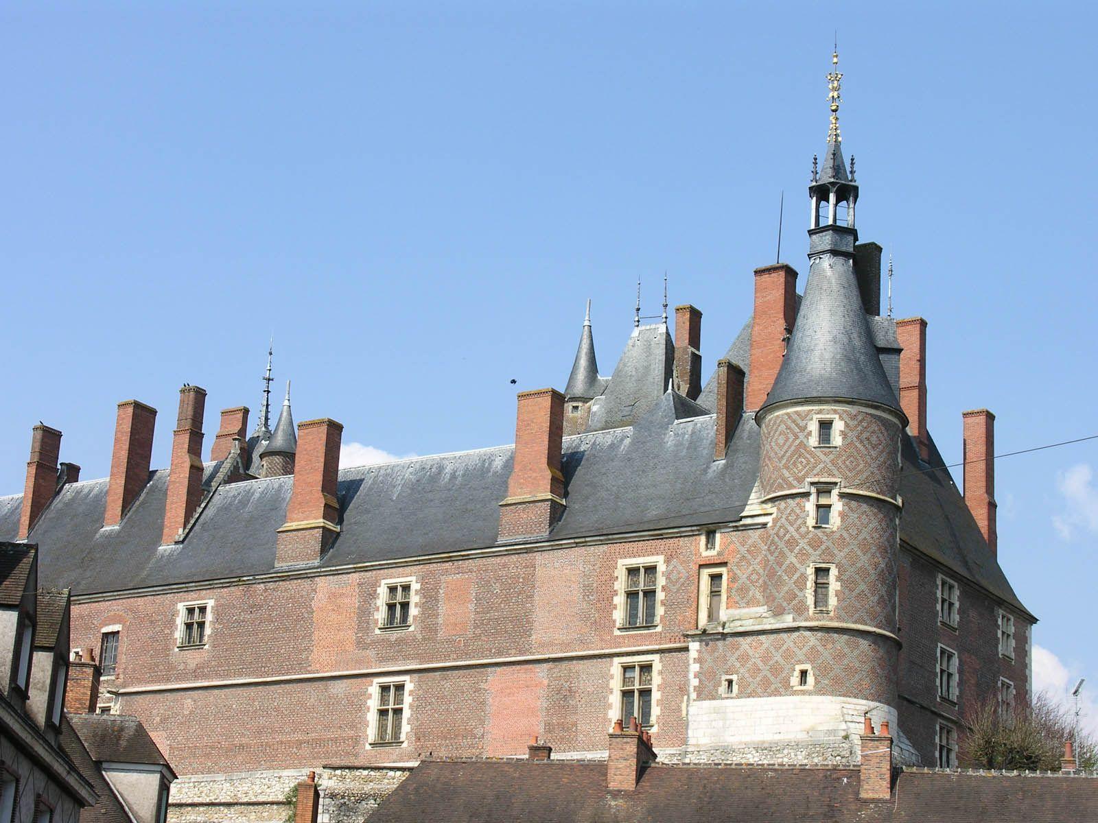 Ch¢teau de Gien France chambre d hotes chateauneuf sur Loire