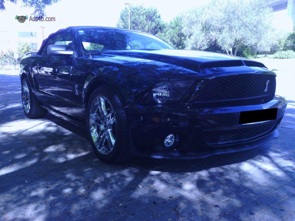 Ford Mustang em excelentes condições nas quais foram acrescentadas as seguintes alterações: - kit SHELBY; -Jantes 19 American Muscle; -Farolins American Cup; -Parachoques trás com difusor; -...