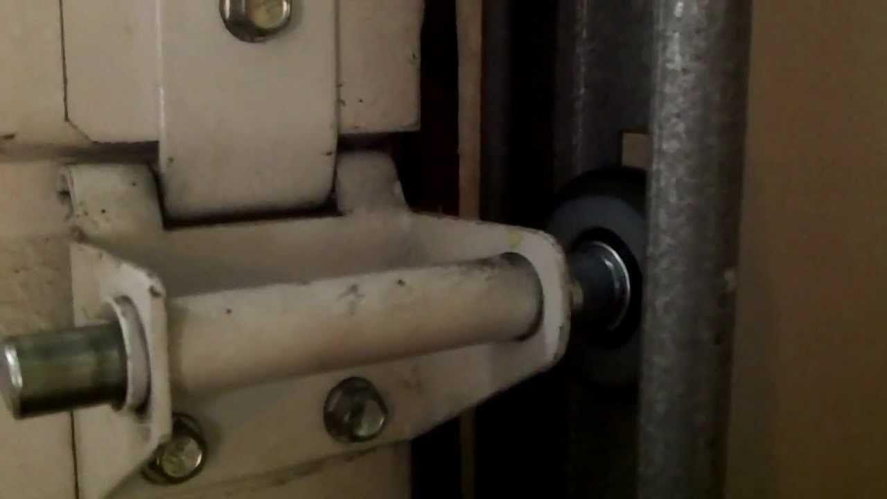 Quiet Glide Garage Door Rollers Httpvoteno123 Pinterest