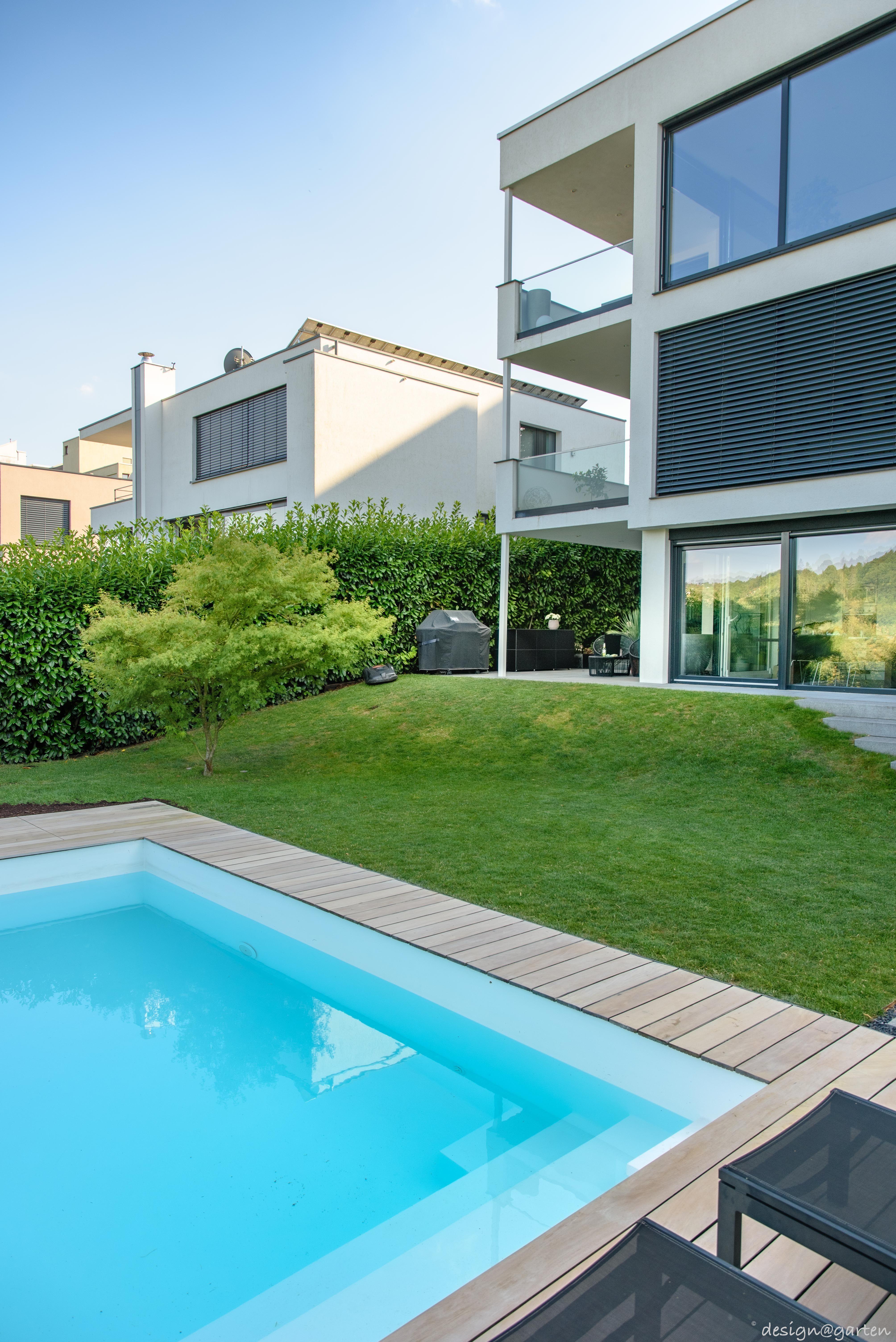 Balkonschrank Terrassenschrank Hochschrank Win By Design Garten Augsburg Farbe Black Wetterfest Uv Bestand Gartenschrank Balkonschrank Tauchbecken