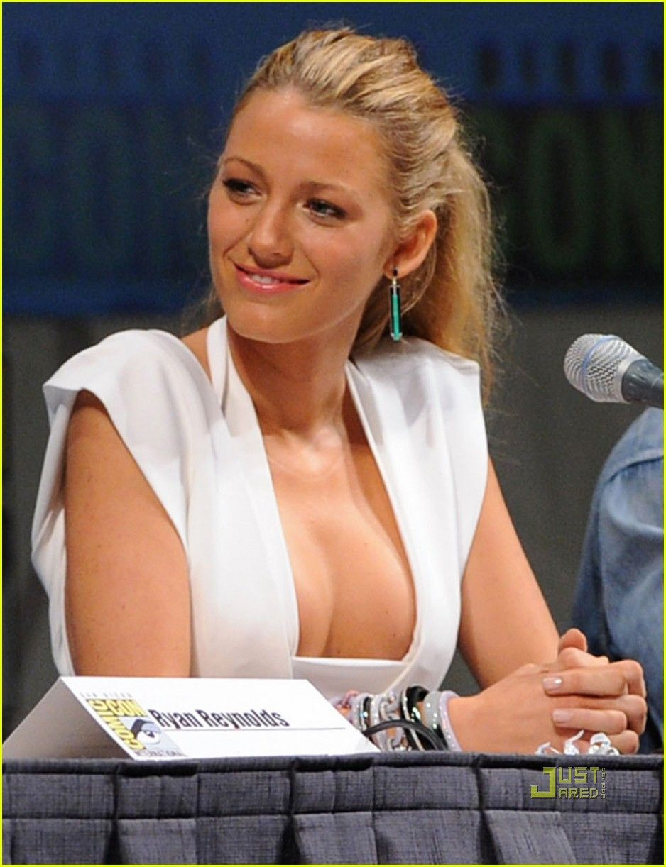 blake lively hot sexy ass legs boobs cleavage sideboob ass legs leg