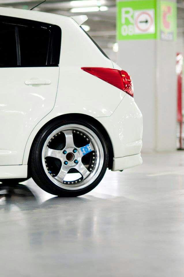 White Nissan Tiida Hatchback Nissan Hatchback Nissan Tuning
