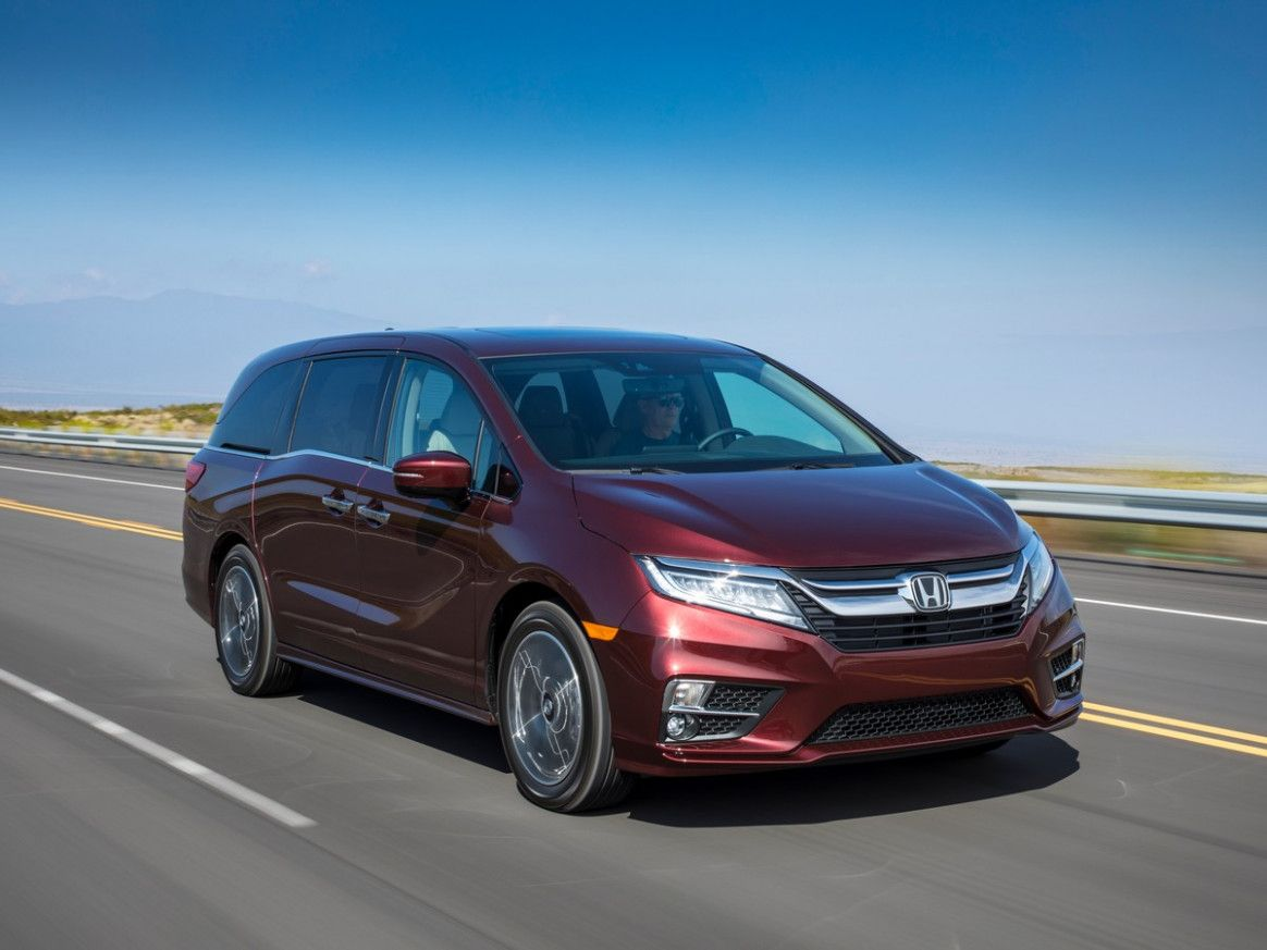 Honda Odyssey 2019 Vs 2020 Price And Review Automotive Analysis Close Iseecars Com Has Aggregate A Account Of Cars Aboriginal Owners Accumulate For At Atomic 1 Di 2020