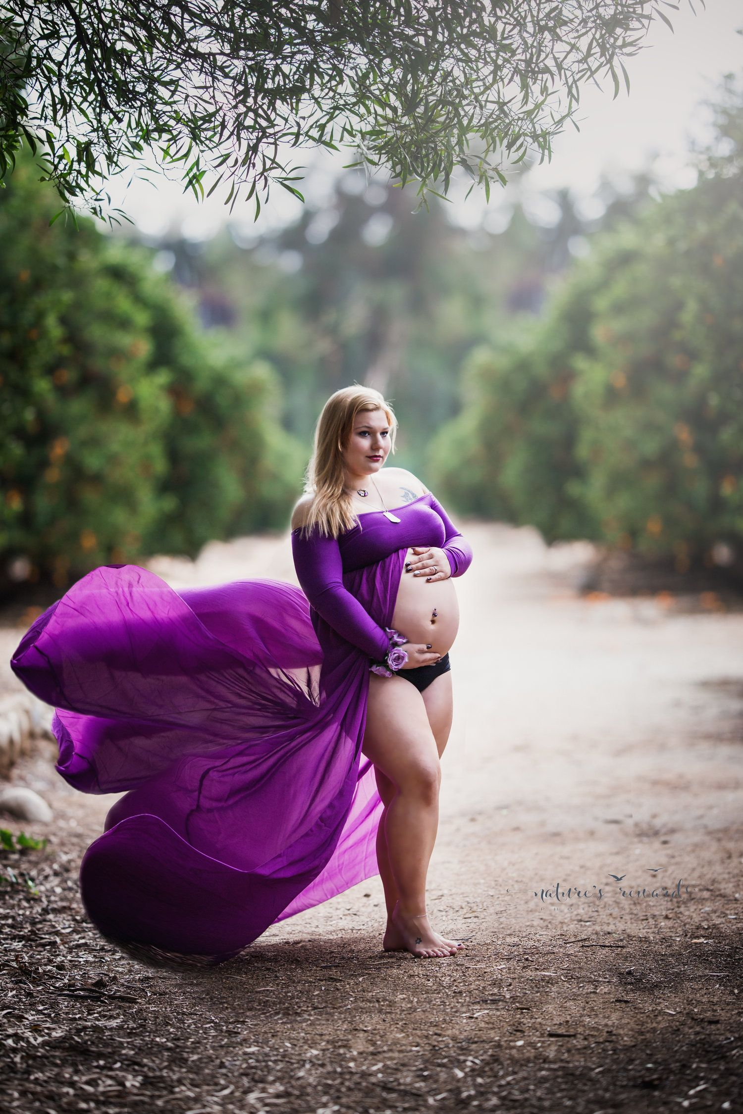Cabazon Resident In a Maternity Portrait Session Photography Session ...