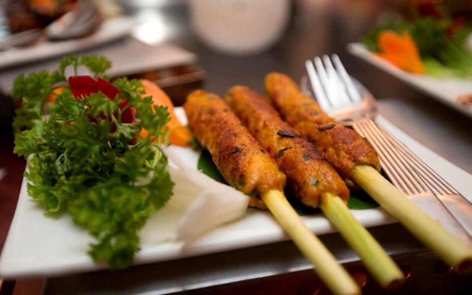 Makanan Khas Yang Enak Di Bali Tidak Cuma Ayam Betutu Saja Tapi