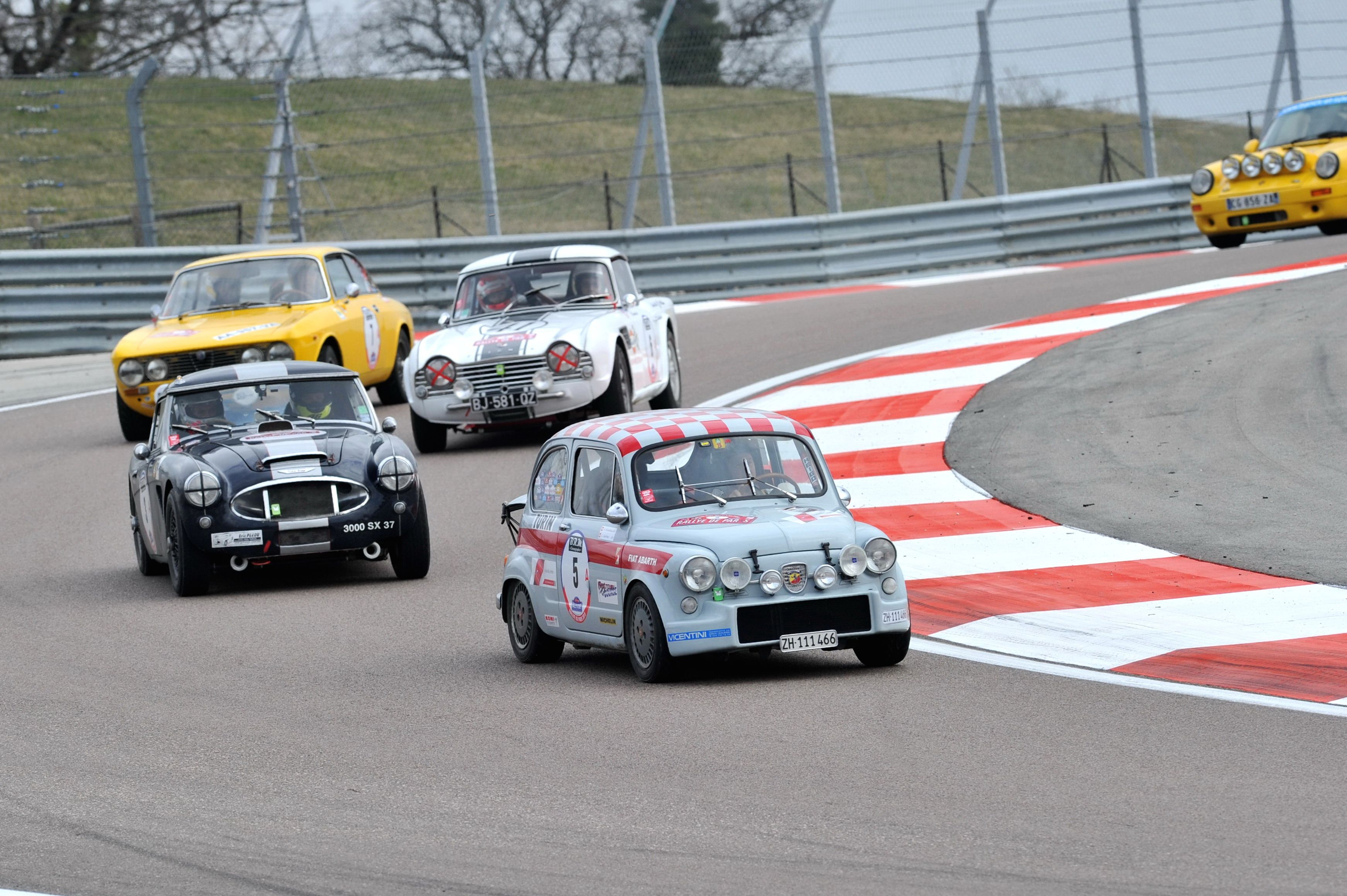 Circuit Dijon Prenois, March 2015. Finding our way in the traffic to win the Rallye de Paris.