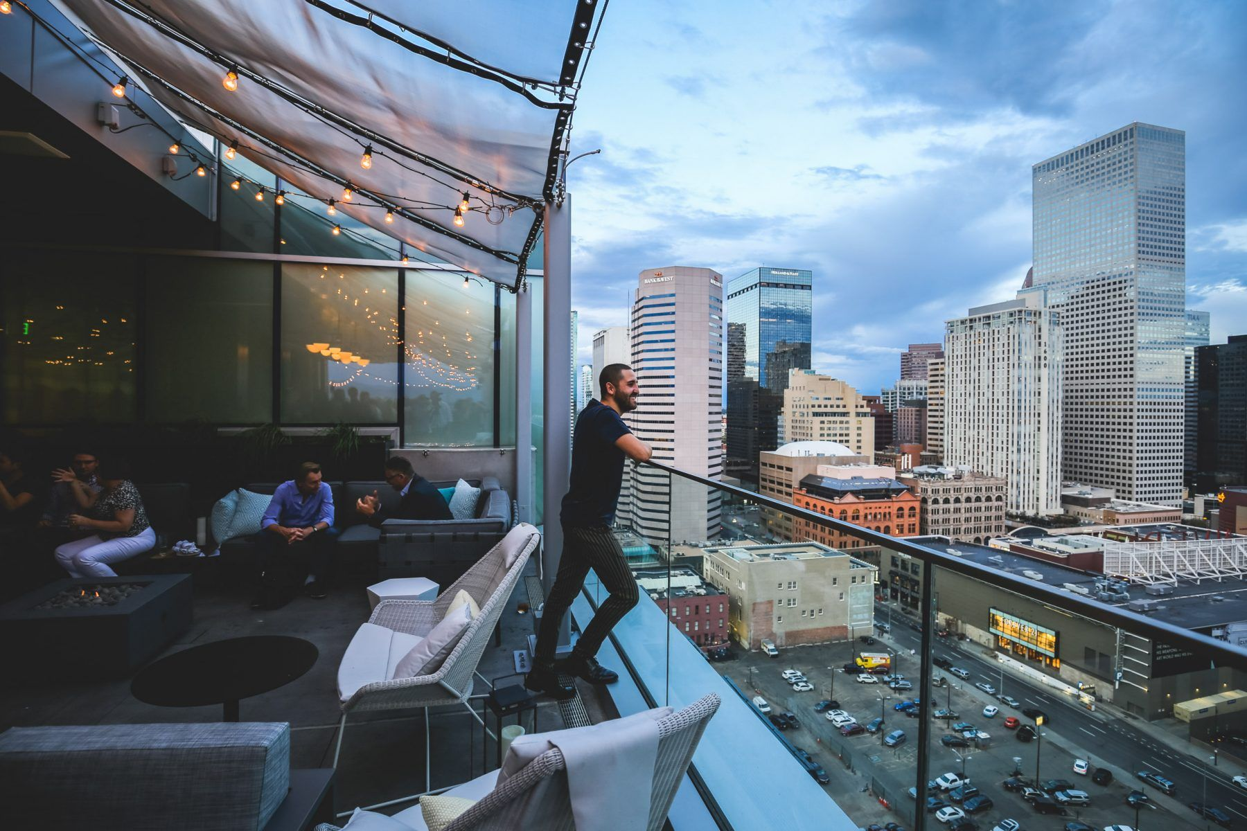 54thirty Denver S Highest Rooftop Bar Has Fire Pits To Keep Patio Season Burning Into Fall Rooftop Bar Covent Garden Rooftop