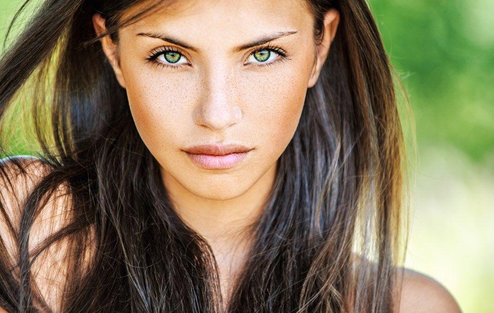 Helle haut grun braune augen welche haarfarbe | Young and
