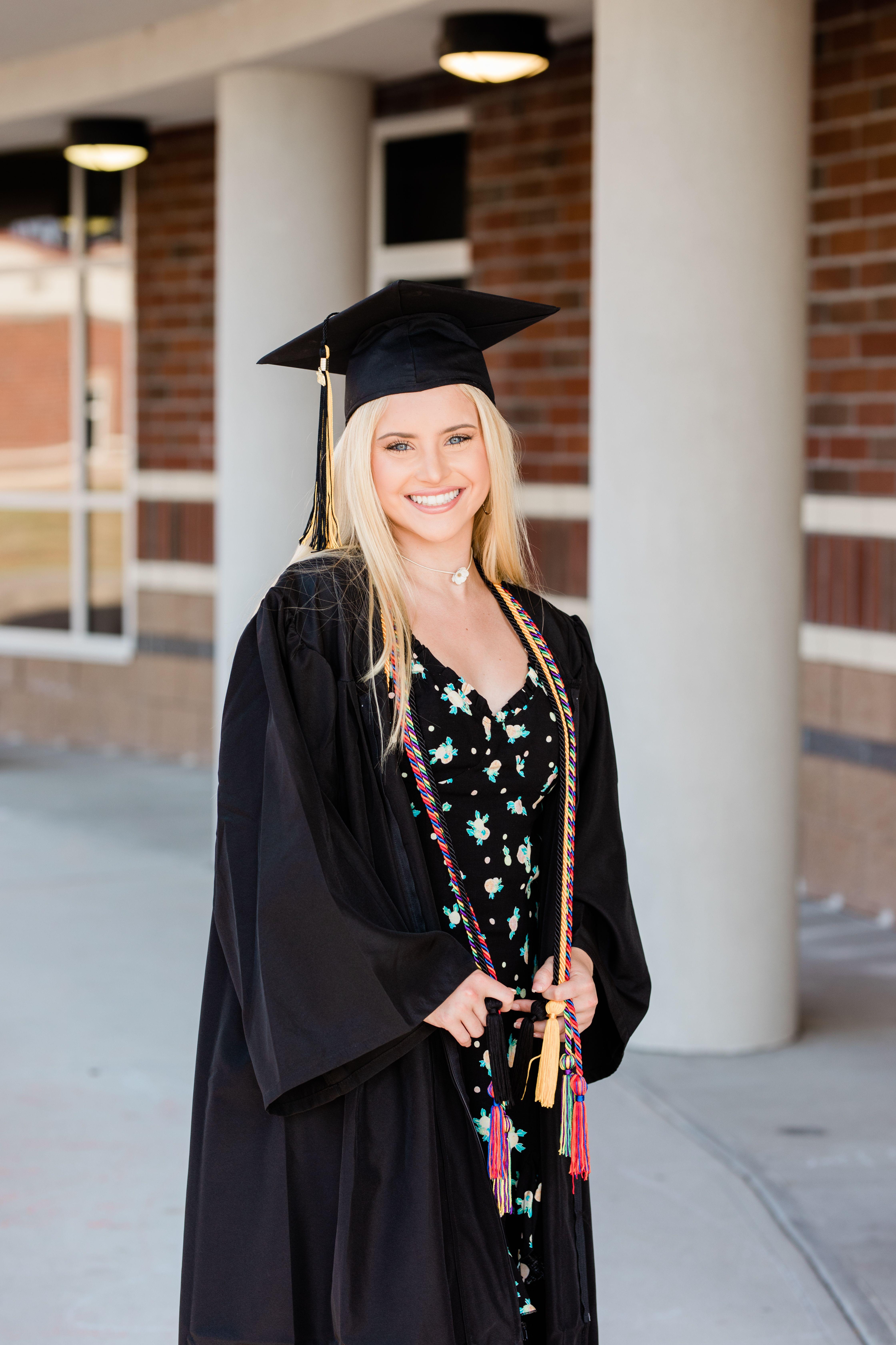 Senior-High-school_Photographer_Graduate-Graduation-Girl