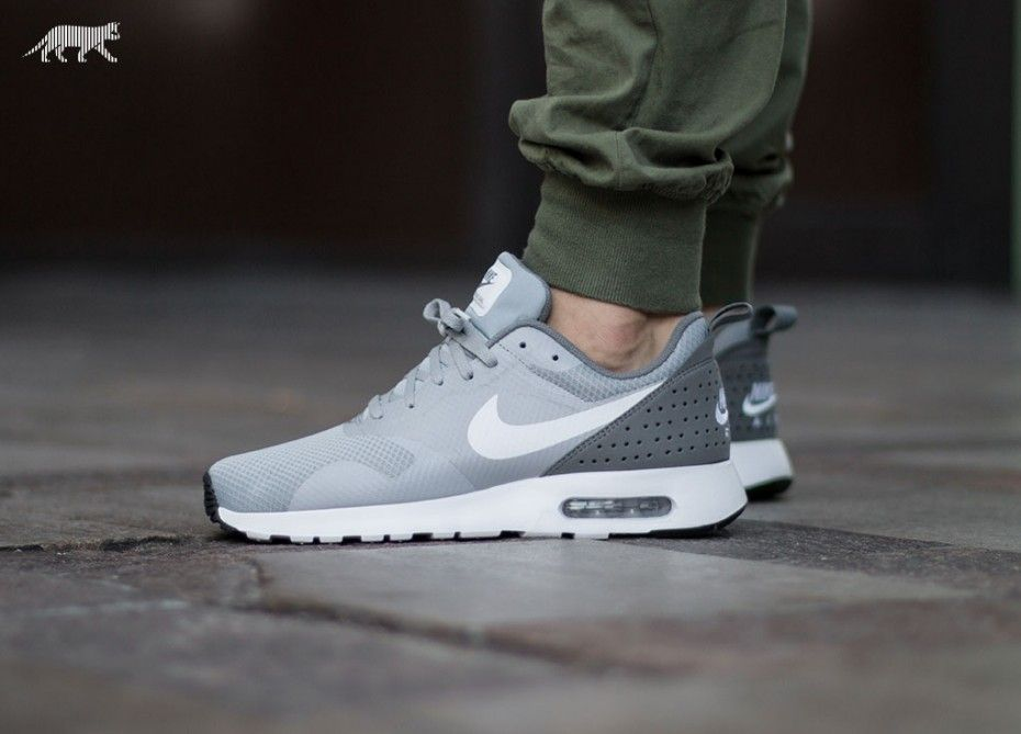 mens nike grey & lime air max tavas trainers hate