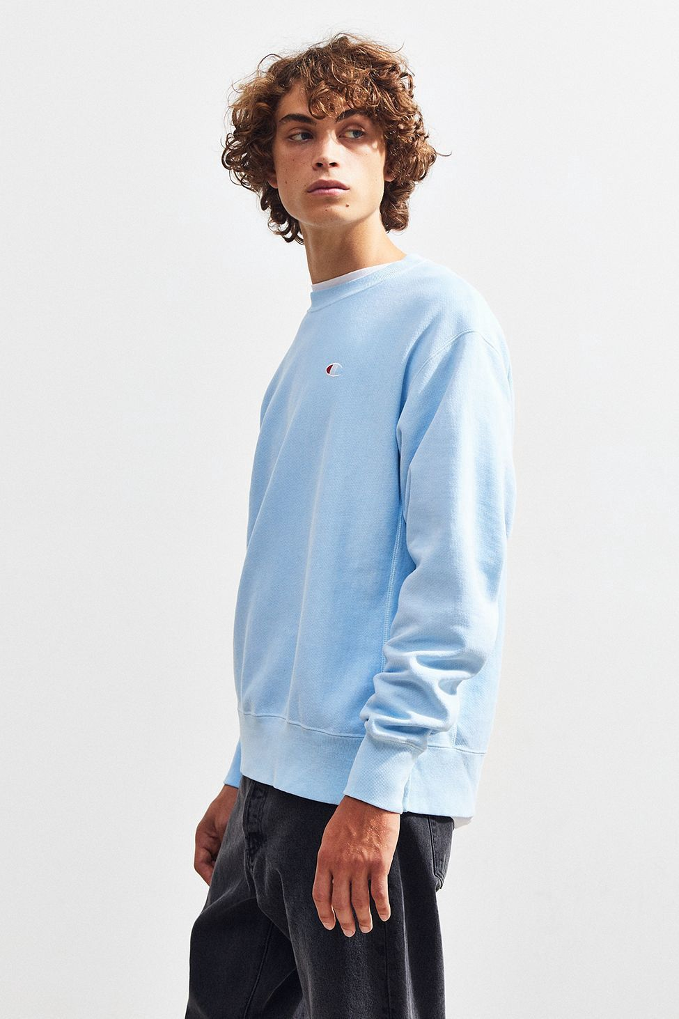86fc7a08 Urban Outfitters Champion Reverse Weave Pigment Dye Crew Neck Sweatshirt -  Teal Xl